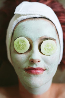 green-face-mask