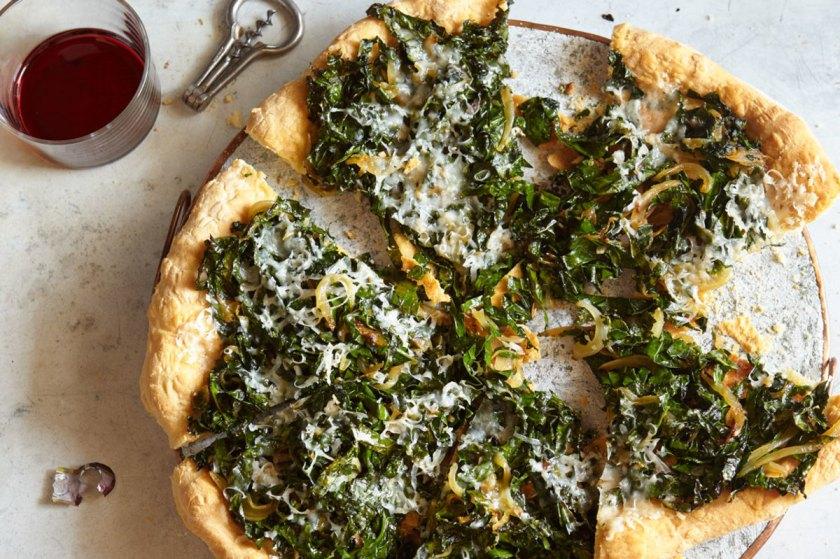 kale-caramelized-onion-and-parmesan-pizza-sept-2015-crop
